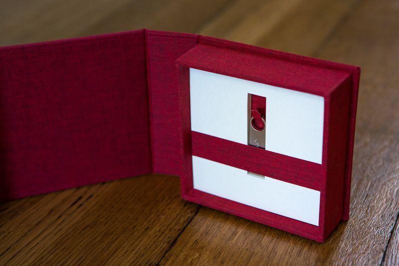 USB giftbox at Truloveoptics wedding photography Lancashire