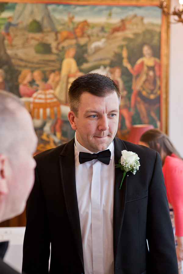 groom at racquet club liverpool