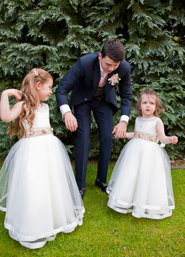 wedding photograph holiday inn ashton-in-makerfield