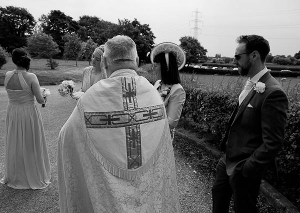 und parish church wedding