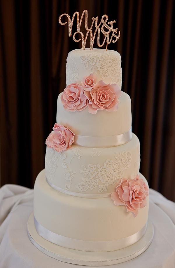 wedding cake in liverpool