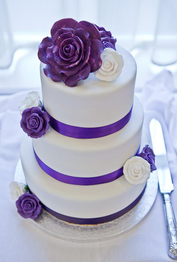 wedding cake at farington lodge lancashire